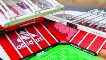 LEGO Creator Expert 10272 Old Trafford kopen? Vanaf 16 januari te koop met gratis cadeau