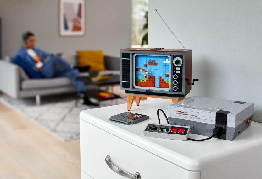 LEGO 71374 Nintendo Entertainment System is vanaf zaterdag 1 augustus exclusief te bestellen in LEGO Shop