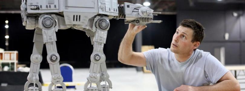 'LEGO Star Wars AT-AT (75313) verschijnt op Black Friday met lightsaber van Luke Skywalker'